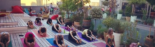 Rooftop Yoga Session am 22.06.2017 @ Ruby Marie Hotel & Bar