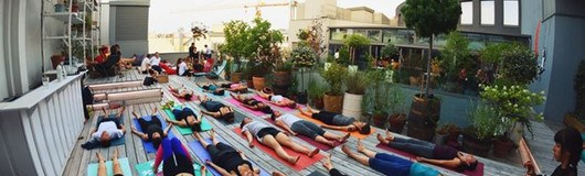 Rooftop Morning Yoga : Wake up young dreamer am 12.07.2017 @ Ruby Marie Hotel & Bar